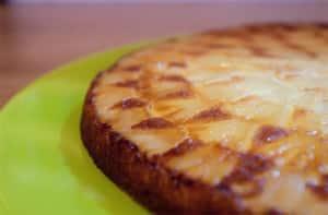 Clafoutis pomme-ananas sans gluten