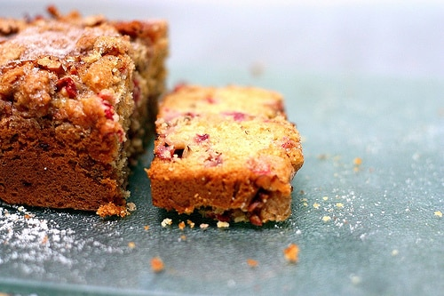 Cake fraises et rhubarbe au thermomix