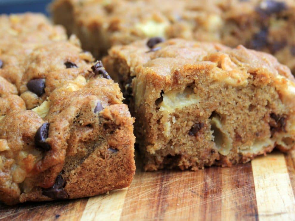 Gâteau rapide aux pommes et pépites de chocolat avec thermomix