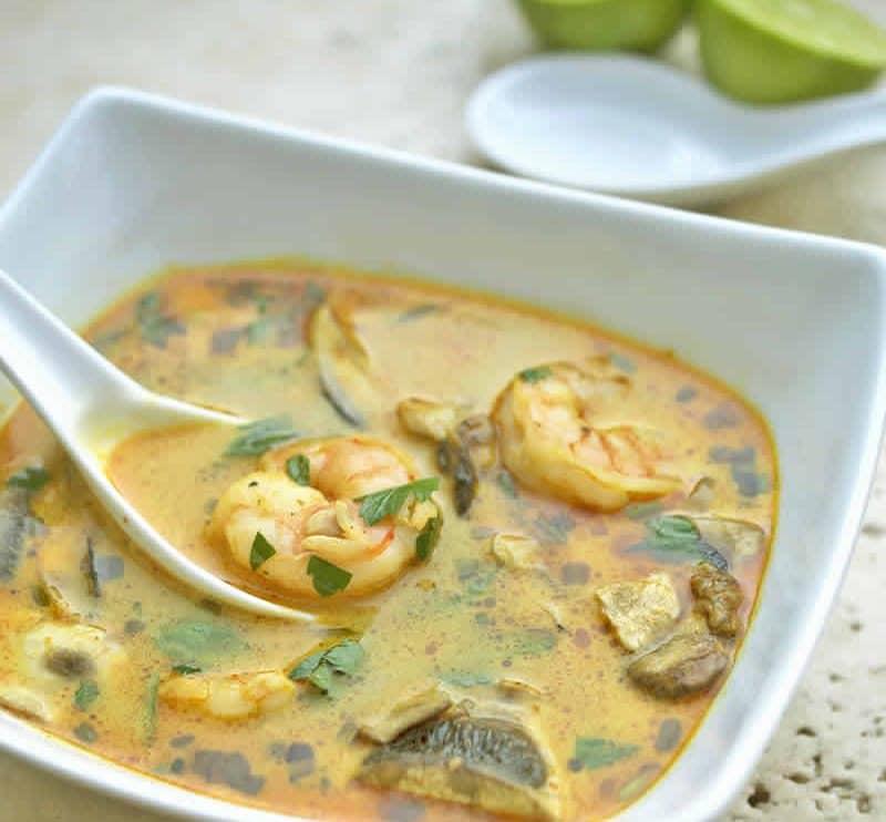 Soupe Thaï au lait de coco et aux crevettes avec thermomix