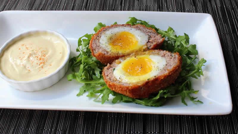 Boulettes de Boeuf surprise ou Scotch Eggs avec thermomix