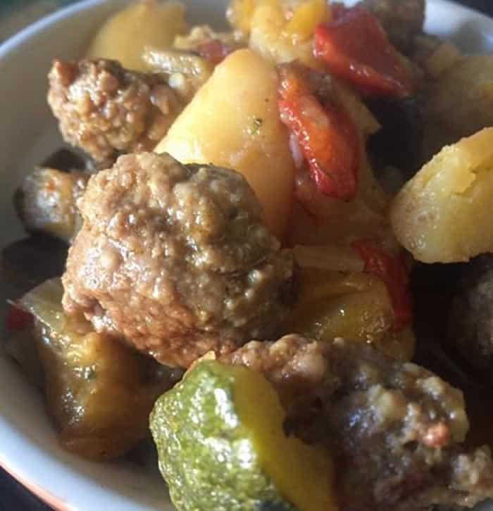 Impro boulettes de viande et légumes au cookeo