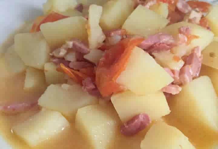 Pommes de terre tomate et lardons au cookeo