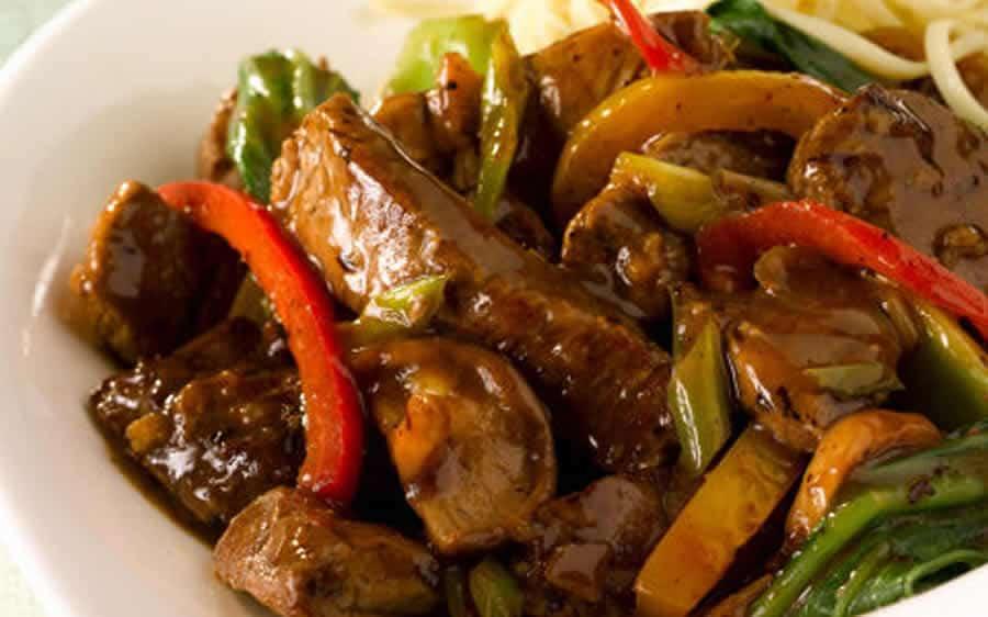 Porc aux légumes sauce piquante au thermomix