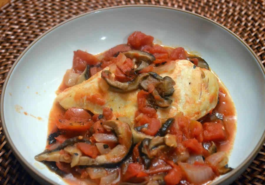 Blanc de poulet sauce tomate et champignons au thermomix