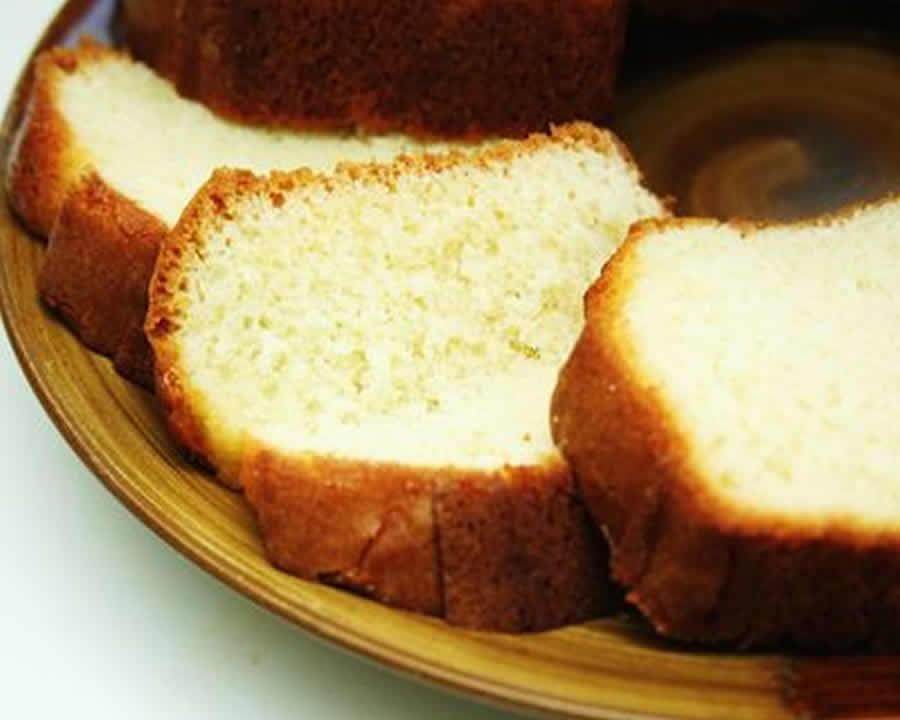 Gâteau au yaourt moelleux sans oeufs au thermomix