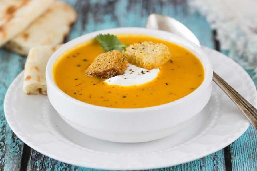 Potage carottes au curry et lait de coco au thermomix
