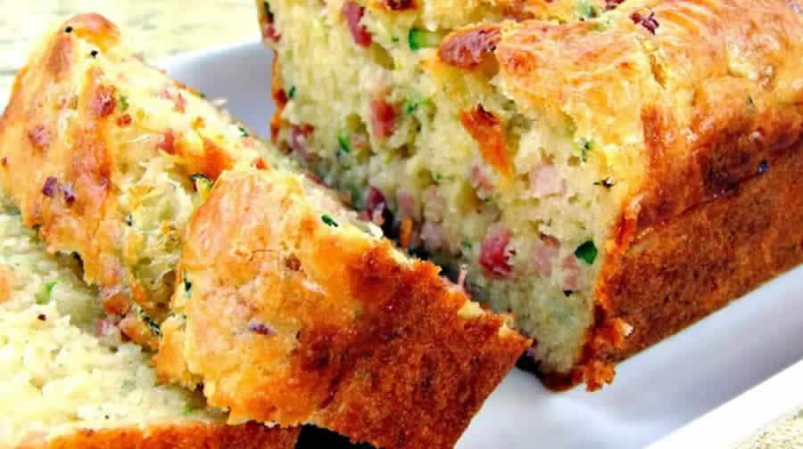 Cake à la Courgette Lardons et Fromage de Chèvre au thermomix