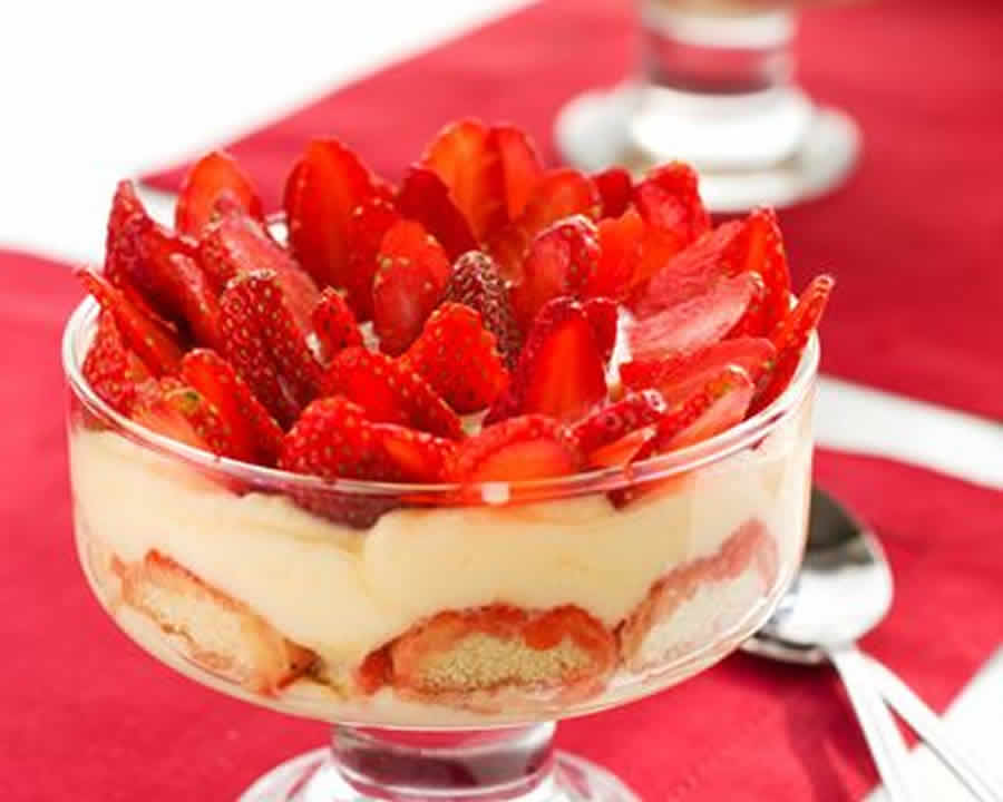 Tiramisu aux fraises et au chocolat blanc au Thermomix