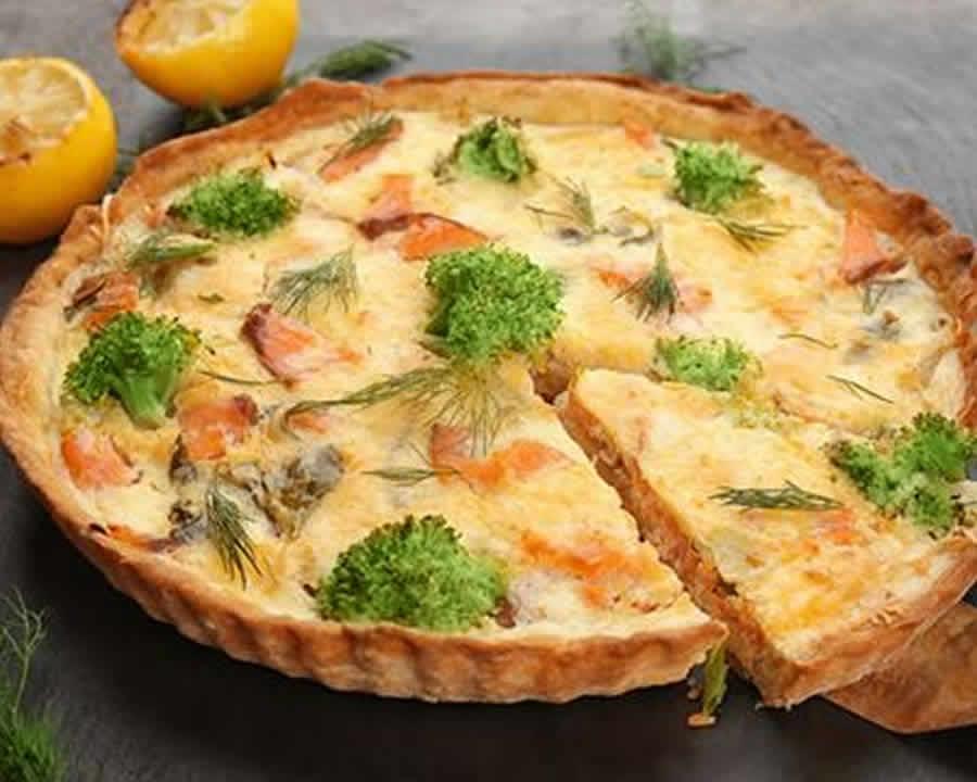 Quiche au saumon et brocolis au Thermomix