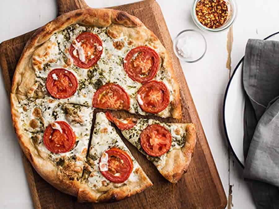 Pizza au pesto et mozzarella au Thermomix