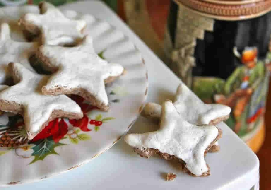 Biscuits étoiles à la cannelle Zimtsterne au Thermomix