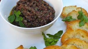 Tapenade aux olives noires et anchois au Thermomix