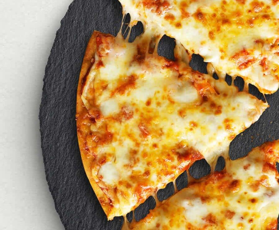 Pizza aux quatre fromages au Thermomix