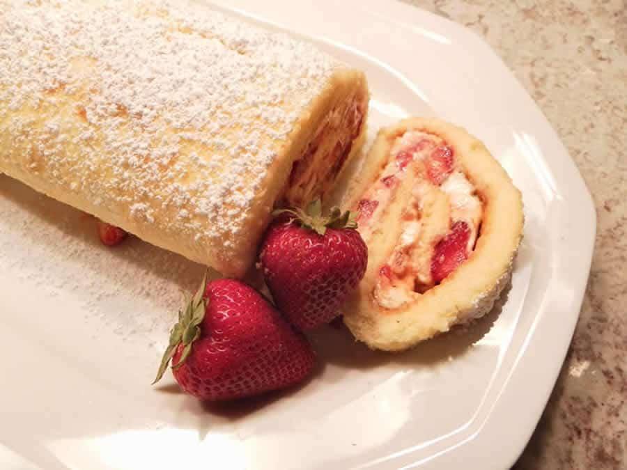 Roulé aux fraises et mascarpone au Thermomix