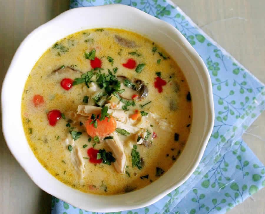 Soupe thaï au poulet au Thermomix