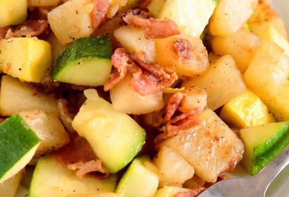 Poêlée de pomme de terre courgette et lardons WW