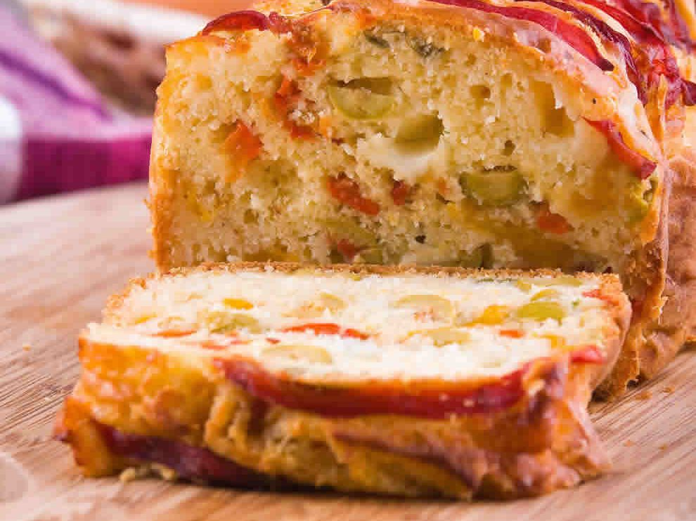 Cake aux poivrons et au thon au Thermomix