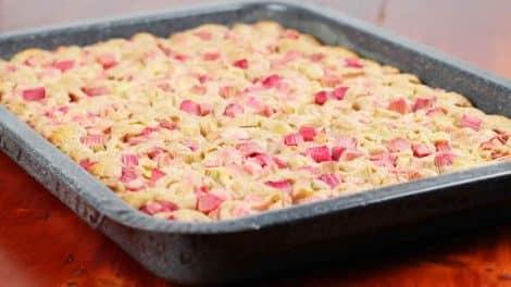 Gâteau moelleux à la rhubarbe au Thermomix