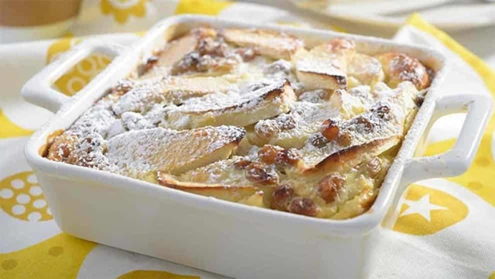 Clafoutis Léger aux pommes, raisins secs et Skyr