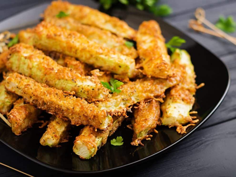 Courgettes frites à l'italienne, excellente idée pour un apéritif délicieux