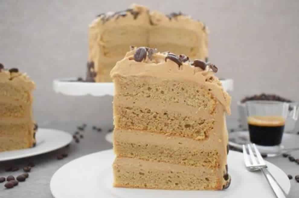 Gâteau à la crème au café, un dessert somptueux et élégant