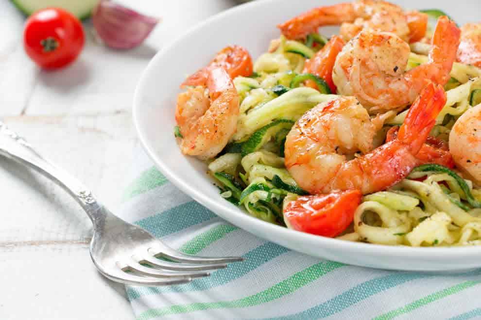 Spaghetti de courgettes et crevettes minceur