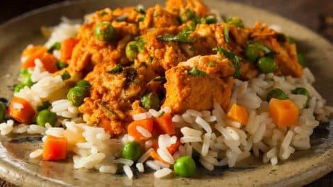 Wok de blanc de poulet aux légumes, léger et délicieux