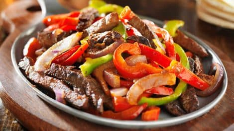 Délicieuse Poêlée Légère de légumes et poulet