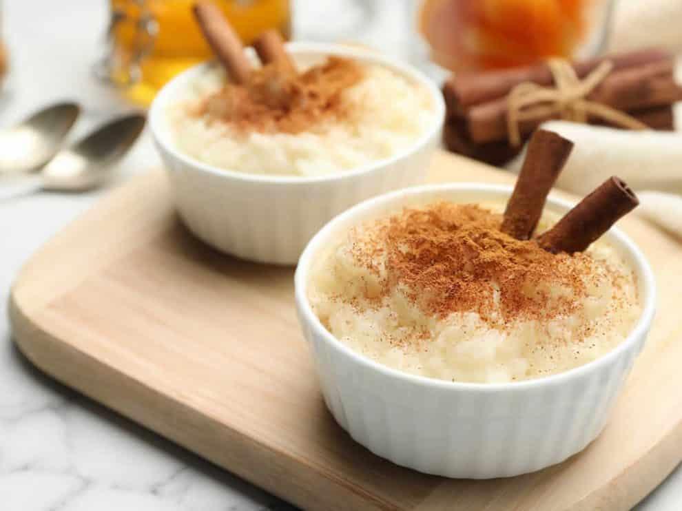 Riz au lait à la vanille et cannelle, léger et savoureux