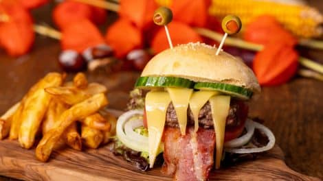 Le cheeseburger effrayant d'Halloween